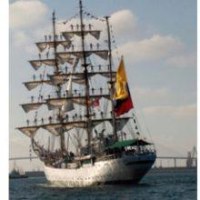 El Buque ARC Gloria de la Armada Colombiana pasó por Cádiz
