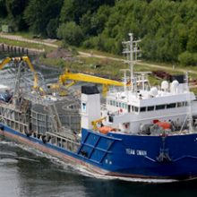 """FRIZONIA contracted for the extension of the cable laying vessel """"Team Oman"""""""